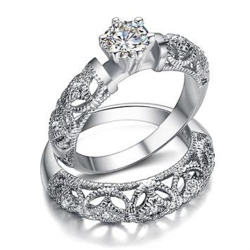 Двойное женское кольцо - С камнем