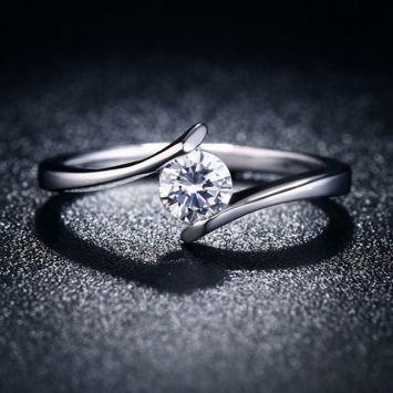 Кольцо - Закрепленный камень