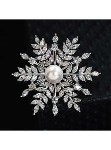 Элитная брошь - Кристальная снежинка