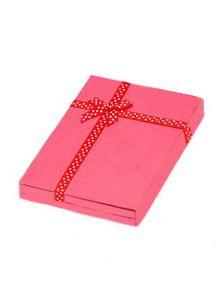 Подарочная коробка - Love is
