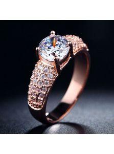 Женское кольцо - Привлекательное