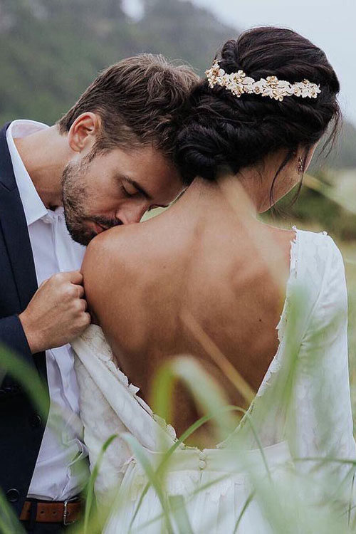 Цветочный дизайн свадебного венка
