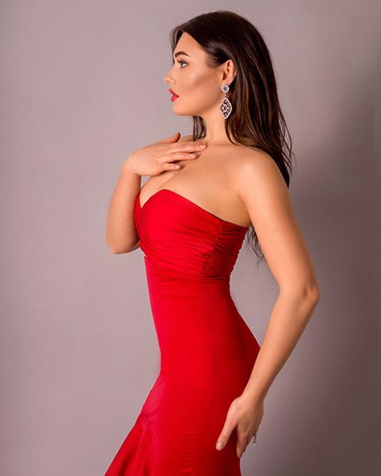 Вечерние украшения под образ Иванны Гончарук в красном платье
