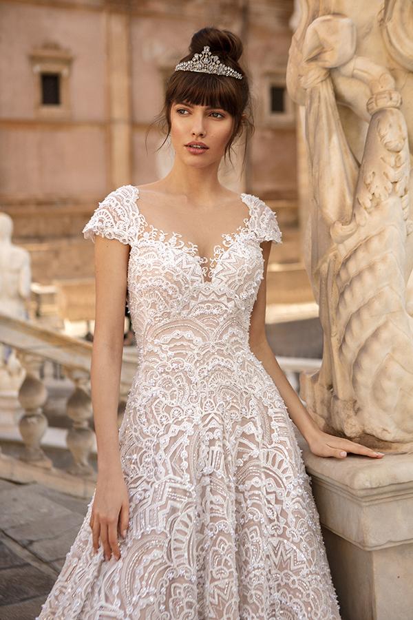 Невеста в диадеме